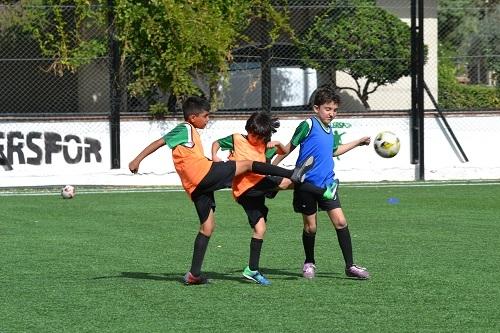 Futbolun Efeleri yetişiyor  2