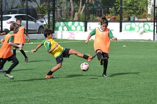 Futbolun Efeleri yetişiyor  4