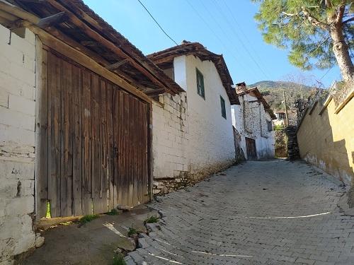 Başlık Dağların eteklerindeki tarihi köy; Kavaklı Köyü 17