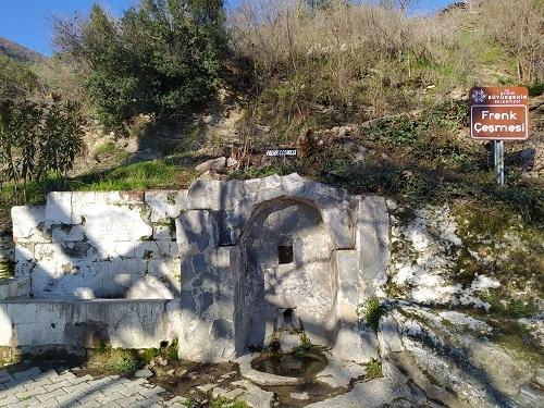 Başlık Dağların eteklerindeki tarihi köy; Kavaklı Köyü 2