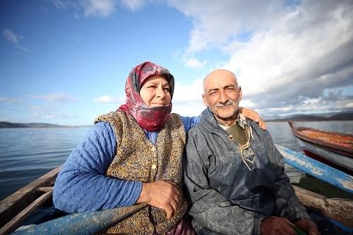 Aydınlı çift, 40 yıldır birlikte kürek çekiyor   1