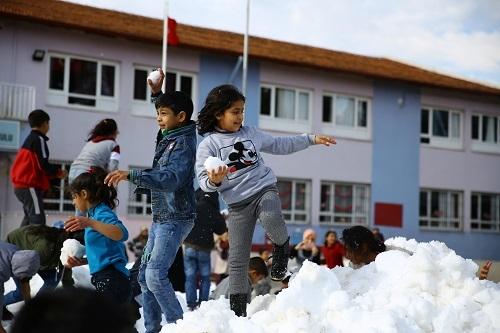 Çerçioğlu'ndan kar jesti 2