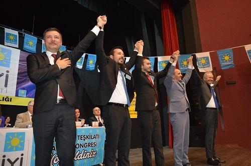İYİ Parti Efeler'de yeni başkan Adıyaman oldu 4