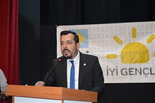 İYİ Parti Efeler'de yeni başkan Adıyaman oldu 9