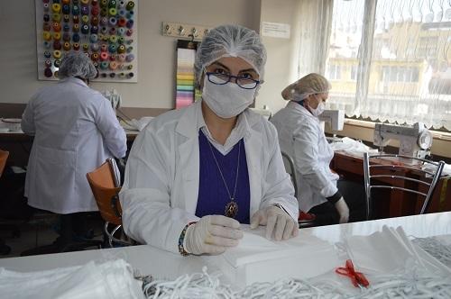 Aydın'da milli mücadele ruhuyla maske üretimi 14
