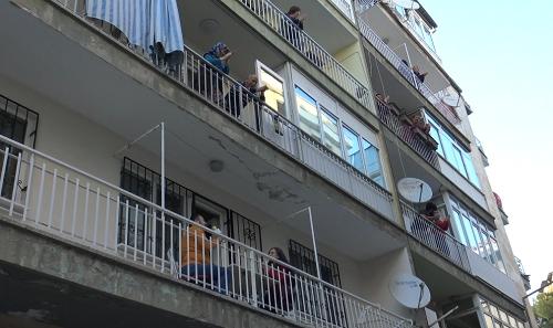 Aydın'ın en eğlenceli apartmanı 3