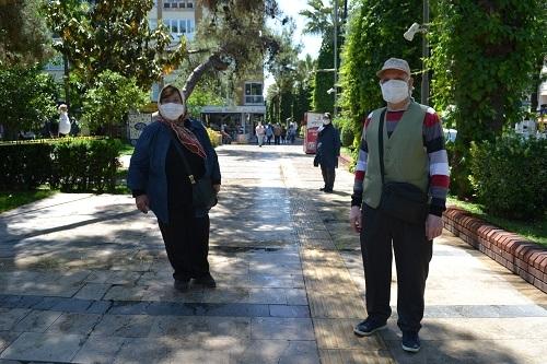 Aydın'ın sokakları yaşlılara kaldı 16