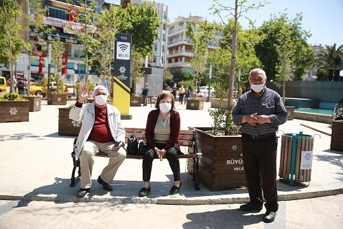 Aydın'ın sokakları yaşlılara kaldı 5
