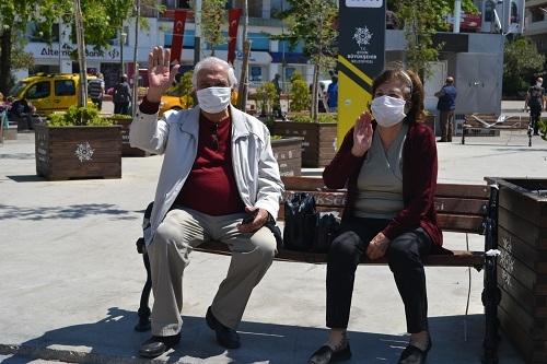 Aydın'ın sokakları yaşlılara kaldı 8
