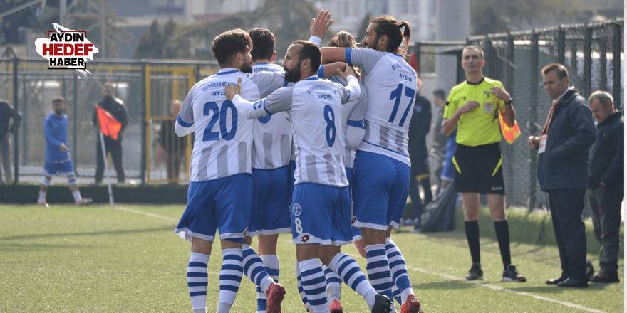 Kardeşköy'ü 2 golle yendi