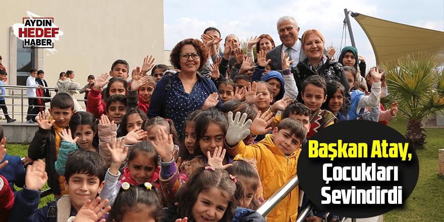 Başkan Atay, Çocukları Sevindirdi