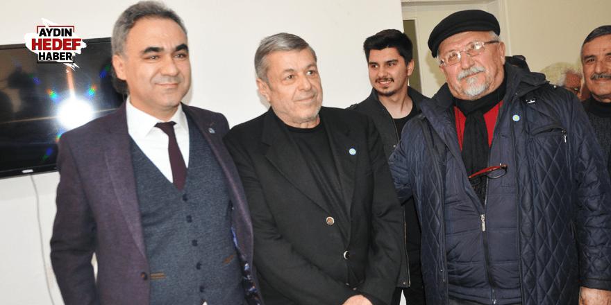 İYİ Partili Öztürk adaylığını açıkladı