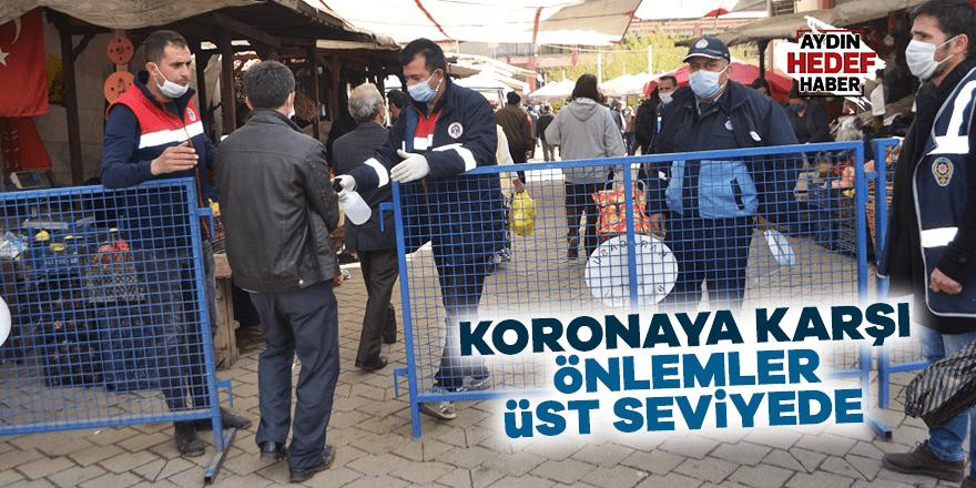 Karacasu pazarında koronaya karşı önlemler üst seviyede