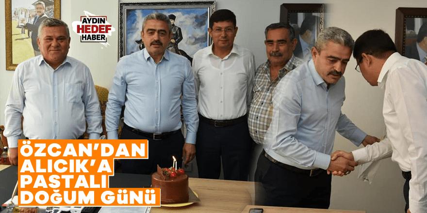 Özcan'dan Alıcık'a pastalı doğum günü