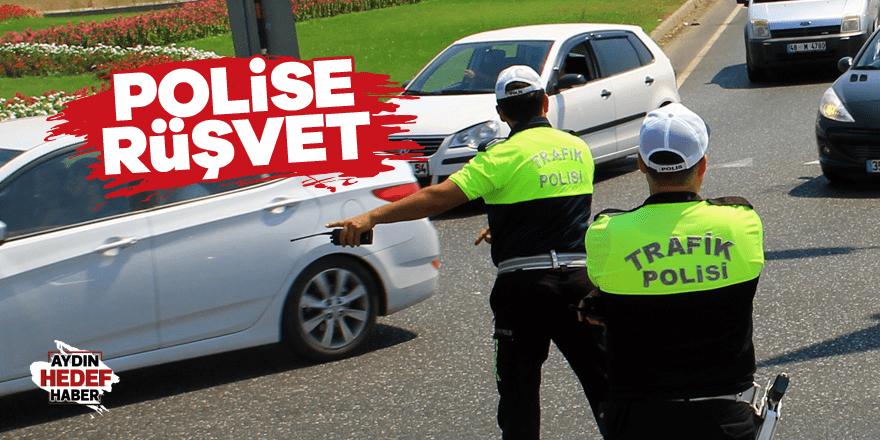 Polise rüşvet