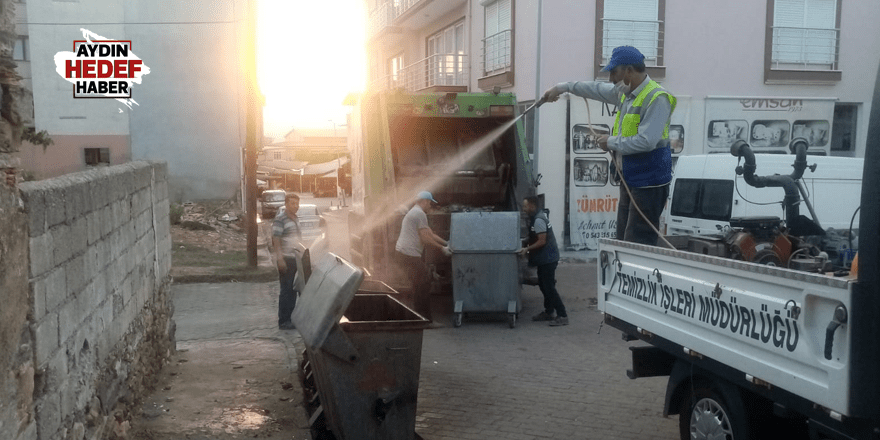 Karacasu'da bayram sonrası temizliği