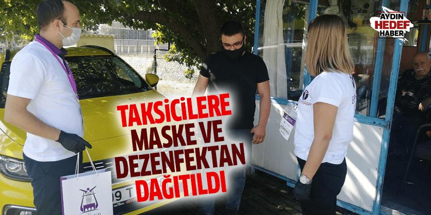 Taksicilere maske ve dezenfektan dağıtıldı