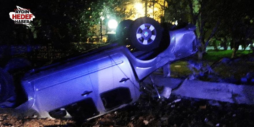 Kontrolden çıkan kamyonet evin bahçesine girdi