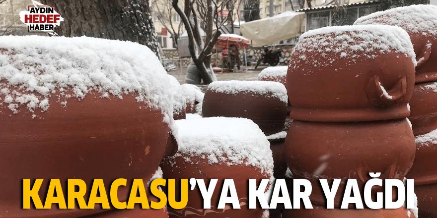 Karacasu'ya kar yağdı