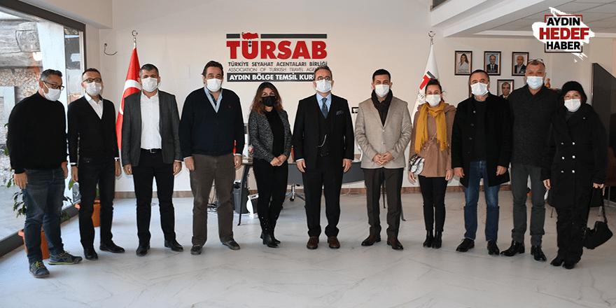 CHP'li Vekillerden Kuşadalı turizmcilere yakın ilgi