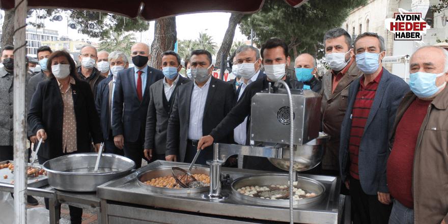 MHP Efeler şehitler için lokma hayrı yaptı