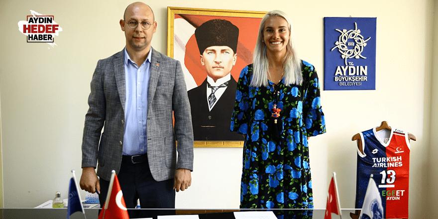 Sultanlar Eroğlu'nu kadrosuna kattı