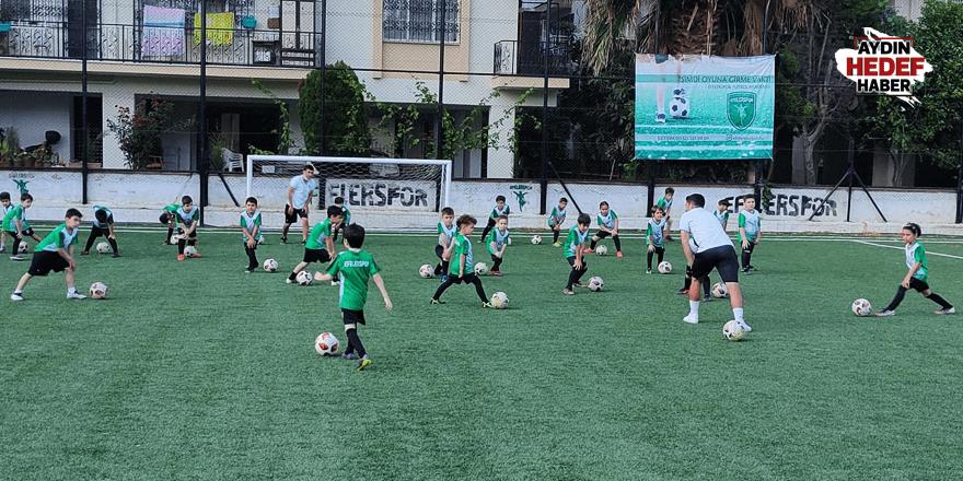 Futbol akademisi yeni yetenekleri bekliyor