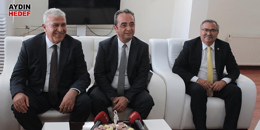 CHP'li Milletvekillerinden Atay'a hayırlı olsun ziyareti