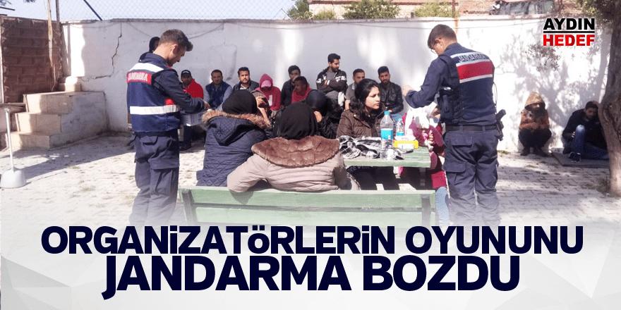 Göçmen kaçakçılarının oyununu jandarma bozdu