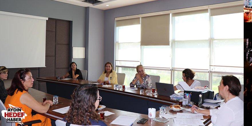 AYTO'lu kadınlar 2022 yılı için hazırlanıyor