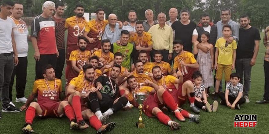 Atça Belediyespor'un kupa sevinci