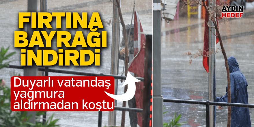 Duyarlı vatandaş yağmura aldırmadan koştu