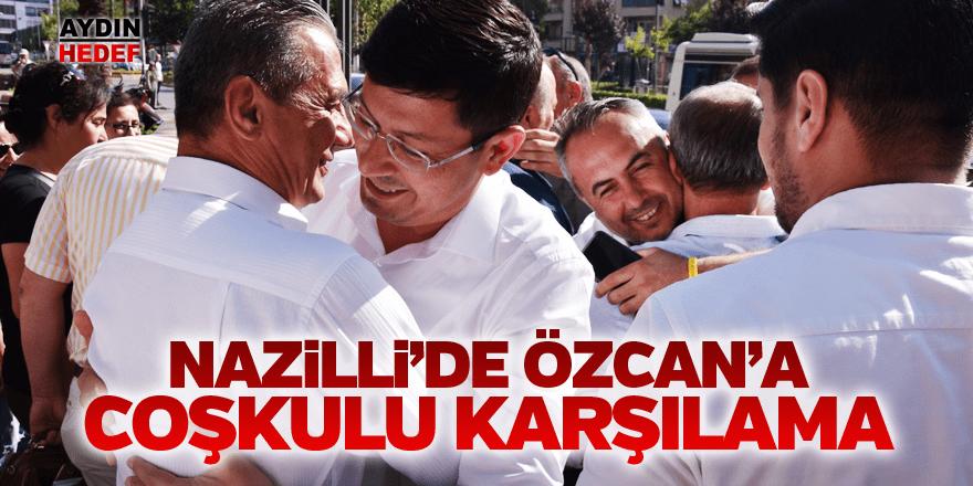 Başkan Özcan'a İstanbul dönüşü coşkulu karşılama