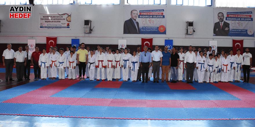Karate Şampiyonası heyecana sahne oldu