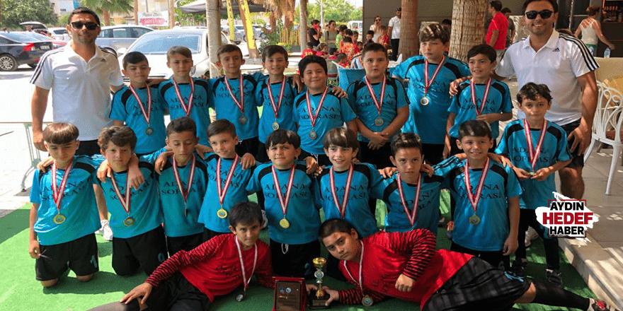 İlk katıldıkları turnuvada 2. oldular