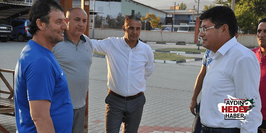 Özcan'dan antrenmana ziyaret