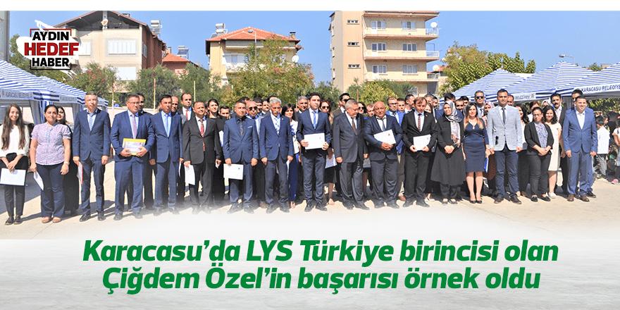 LYS Türkiye birincisi Çilem Özel model oldu