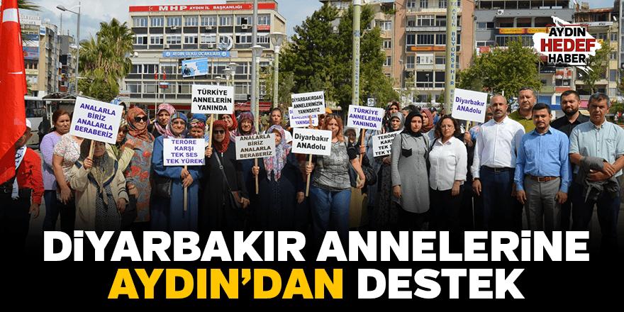 Diyarbakır annelerine kadınlardan destek