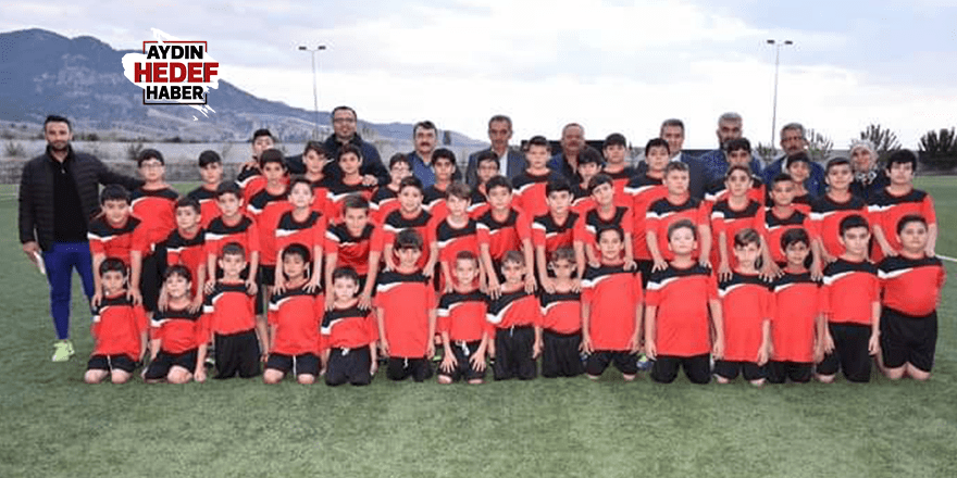 Buharkent Belediyesi Futbol Okulu açıldı