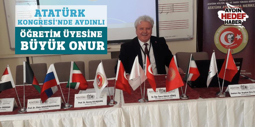 Atatürk Kongresi'nde Aydınlı öğretim üyesine büyük onur