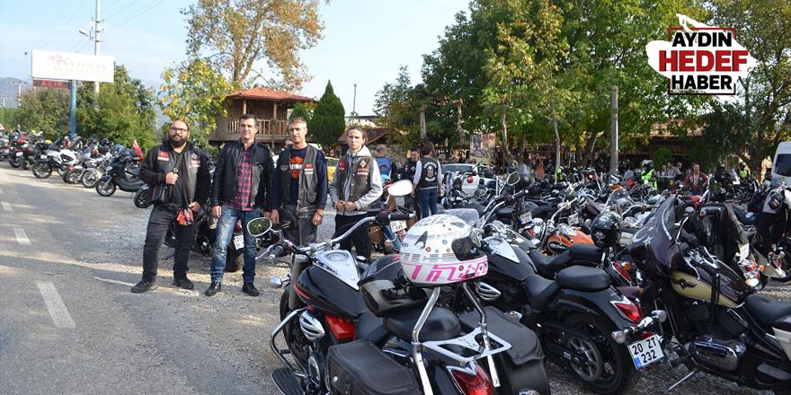 Karacasu motosikletlilerin istilasına uğradı