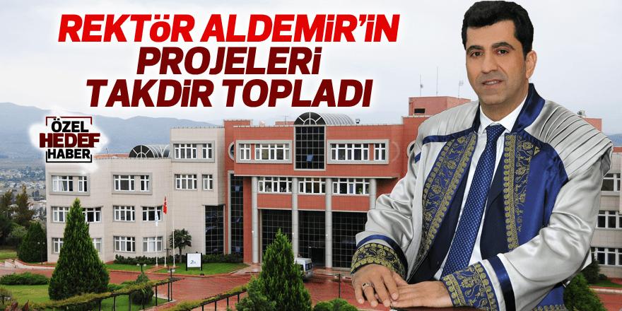 Rektör Aldemir'den öğrenciler için alkışlanacak proje