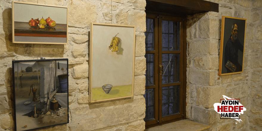 Ahmet Feyzi Korur'un eserleri sergiye çıktı