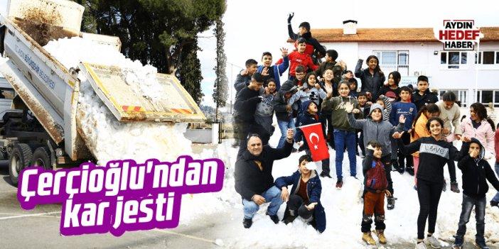 Çerçioğlu'ndan kar jesti