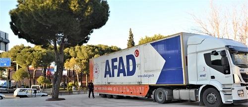 afadin-deprem-tiri-karacasu-meydaninda-151093-5342986ca4ccb174b77f5a56fea4a3bc.jpg