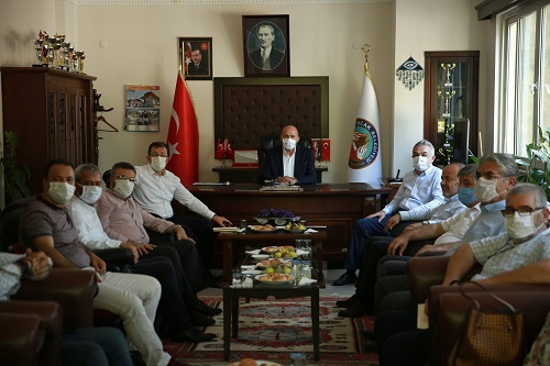 ak-parti-aydin-milletvekilleri-kuyucaki-ziyaret-etti-173031-182b766bf1b3453b752954ef2f7af68e.jpeg
