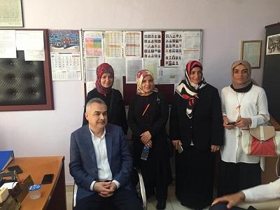 ak-parti-aydin-milletvekilleri-sandik-nobetinde-112605-a9ffcbcb66e41a32aa94a3deb588c889.jpg