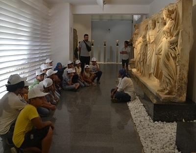 arkeoloji-atolyesi-bu-yilda-yuzlerce-cocugu-agirladi-122871-9ef12dac699486e1fdd47403171c5c86.jpg