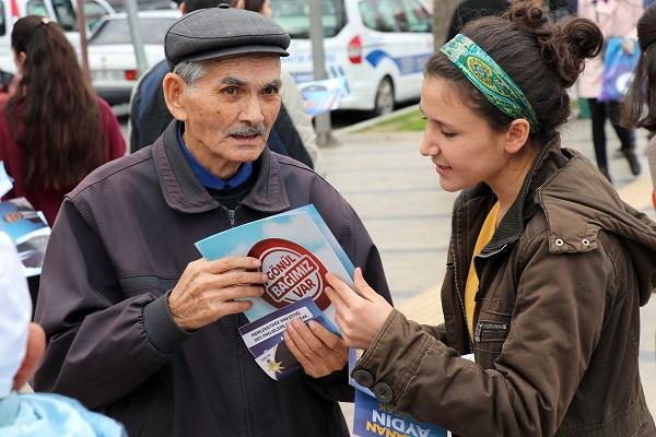 aydinda-demokrasi-soleni-91448-676d9647a2d064882e6a7dc907786831.jpg