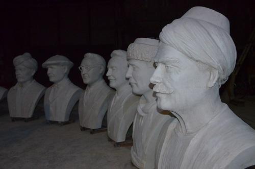 aydinli-heykel-tiras-eserleri-ile-sehre-deger-katiyor-204427-3f2be6875b5915514fad59937d3d2894.jpg